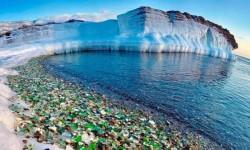 Plage de verre d'Ussuri Bay